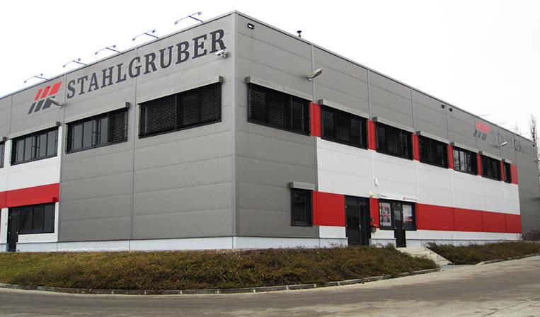 35bfd72e489 Třetí pobočka Stahlgruber se otevřela v Brně - MotoFocus.cz