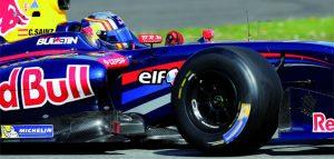 Společnosti Renault Sport Technologies a Michelin testují 17 a 18 palcové pneumatiky