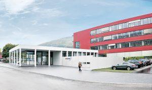 Specialisté na těsnění - návštěva továrny Elring