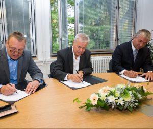 Podepsána rámcová smlouva o konání Autosalonu 2017 v Brně