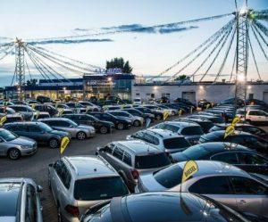 Češi vloni více utráceli za ojeté automobily