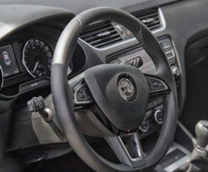Základní nastavení snímače úhlu natočení volantu na modelech Škoda Octavia