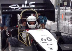 Brisk podporuje mladé talenty soutěže Formula Student