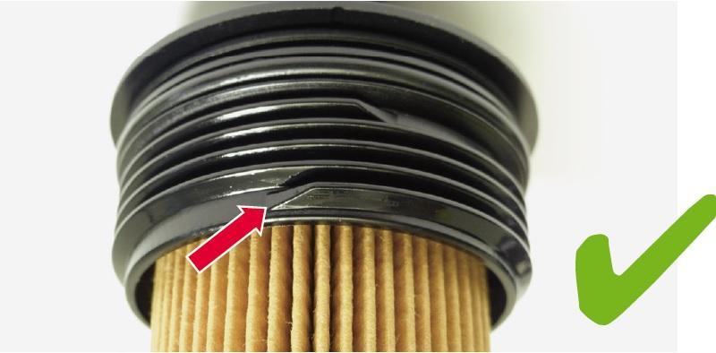 Nepoškozený závit víčka vložky olejového filtru