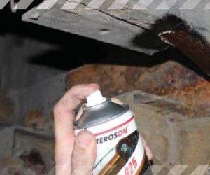 STAHLGRUBER tip: přeměňovač rzi a základní nátěr na kovy v jednom