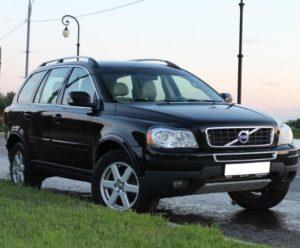 Češi vzali vloni útokem vozy SUV