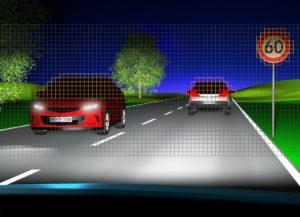 Jsou-li detekována protijedoucí vozidla, příslušné pixely se automaticky vypnou, aby řidiči protijedoucích vozidel nebyli oslňováni