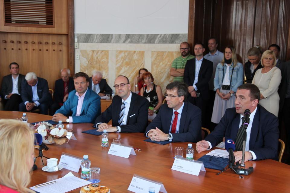 Memorandum podpoří rozvoj vozidel na CNG