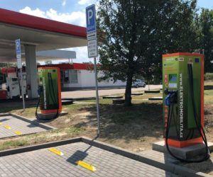 Benzina vybuduje u svých stanic desítky rychlodobíjecích stojanů