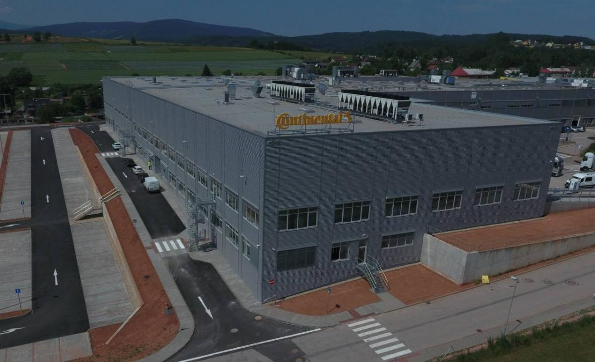 Nová výrobní hala Continentalu v Trutnově