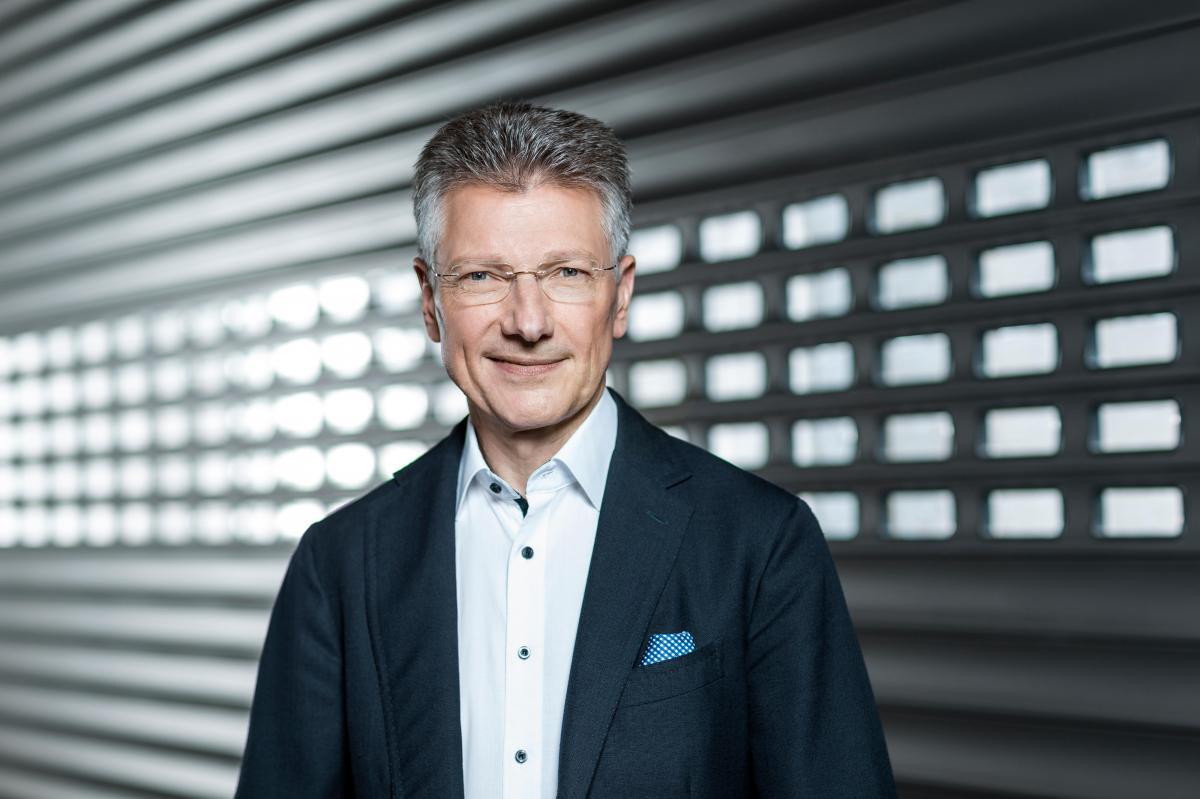 Dr. Elmar Degenhart, předseda představenstva společnosti Continental