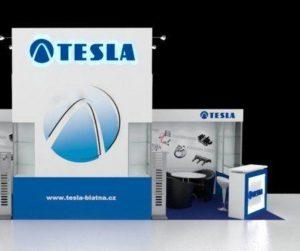 Společnost Tesla na Veletrhu Automechanika Frankfurt