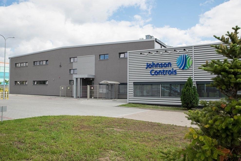 Společnost Johnson Controls prodává Power Solutions Business