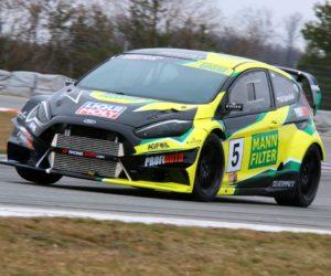 Vrchařský šampion Marek Rybníček připravuje auto na novou sezónu
