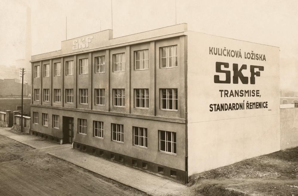 100 let SKF