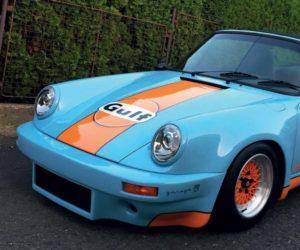 Porsche 911 v legendárních barvách Gulf racing v kalendáři Masterpieces 2020