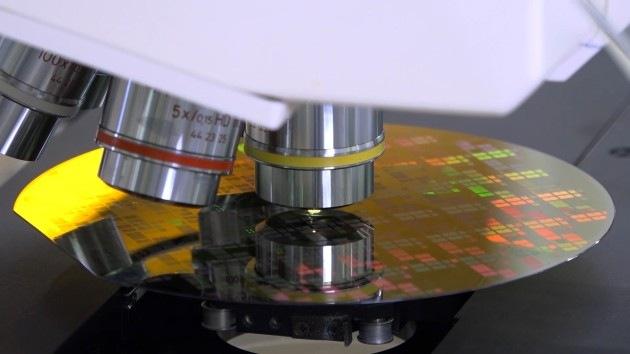Výroba polovodičů od firmy Bosch