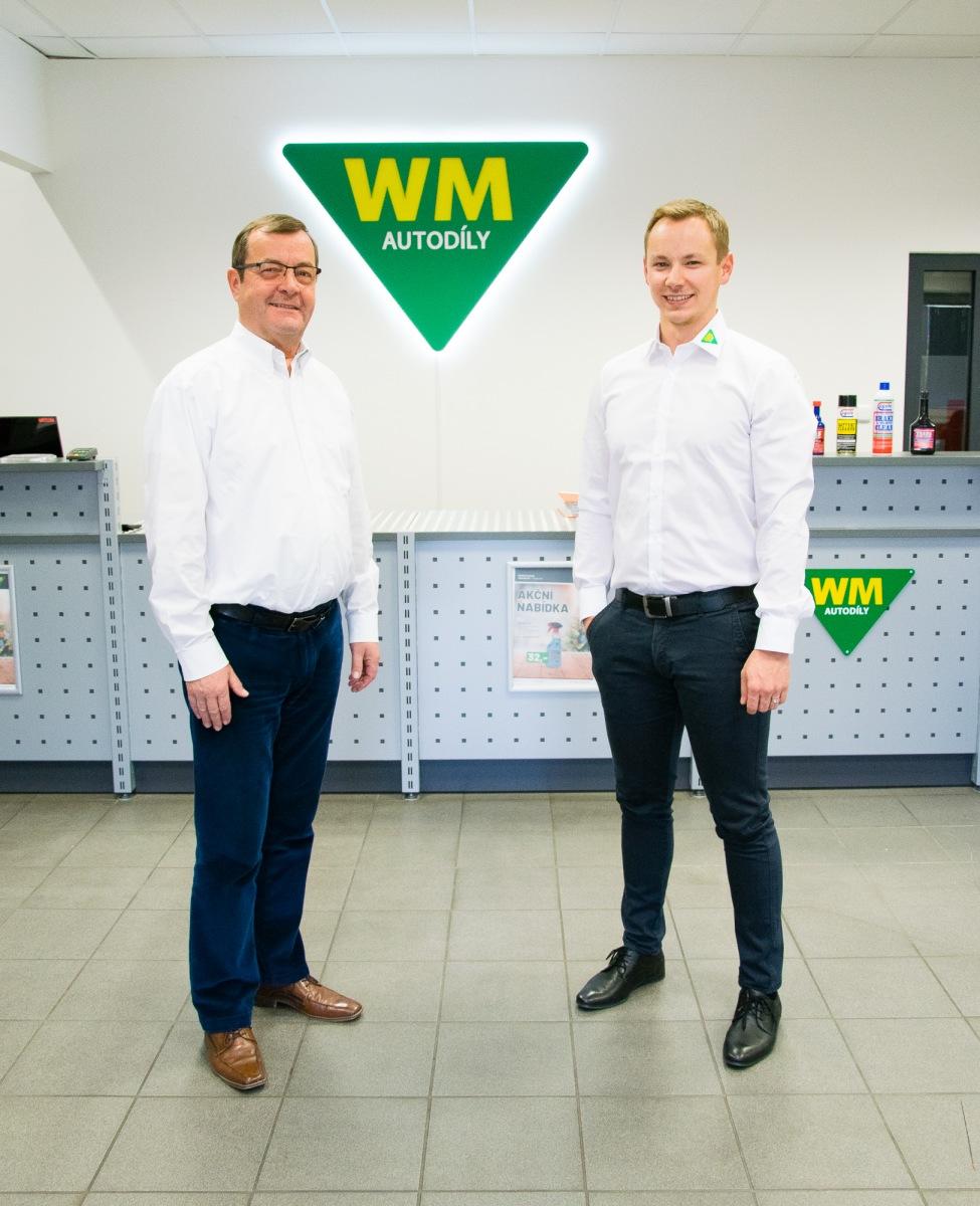 Jan Musil jednatel WM Autodíly (vpravo) spolu s Helmutem Sudanem, zodpovědným ve WM SE za zahraniční obchod.