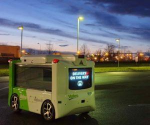 Valeo představuje eDeliver4U, autonomní droid s elektrickým pohonem