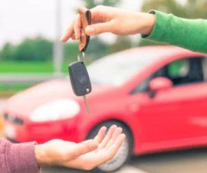 Pokud jsou lidé nuceni nakupovat auta online, trh s ojetými vozy se musí zásadně změnit