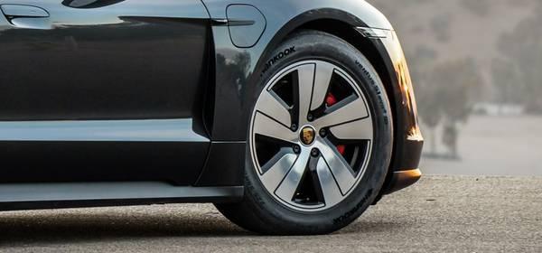 e-pneumatiky Hankook pro sportovní elektromobil Porsche Taycan