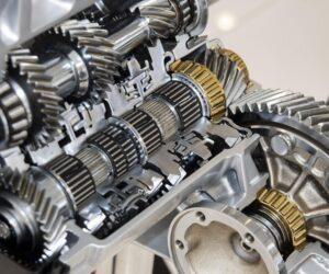 Proč je pro automobil důležitý převodový olej