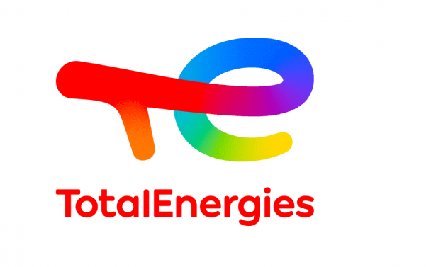 Total se mění na TotalEnergies